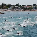 Triathlon, ben 320 atleti in gara: tutti i risultati