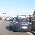 Auto colpita da un masso sulla 16bis, lievi ferite per il guidatore