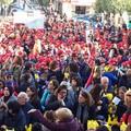 Giornata mondiale dei diritti dell'infanzia: centinaia gli studenti scesi per strada