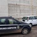 Auto sospetta segnalata ai vigilanti: ritrovata alla periferia di Trani