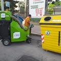 Mini spazzatrici elettriche Amiu in azione nel quartiere Pozzopiano