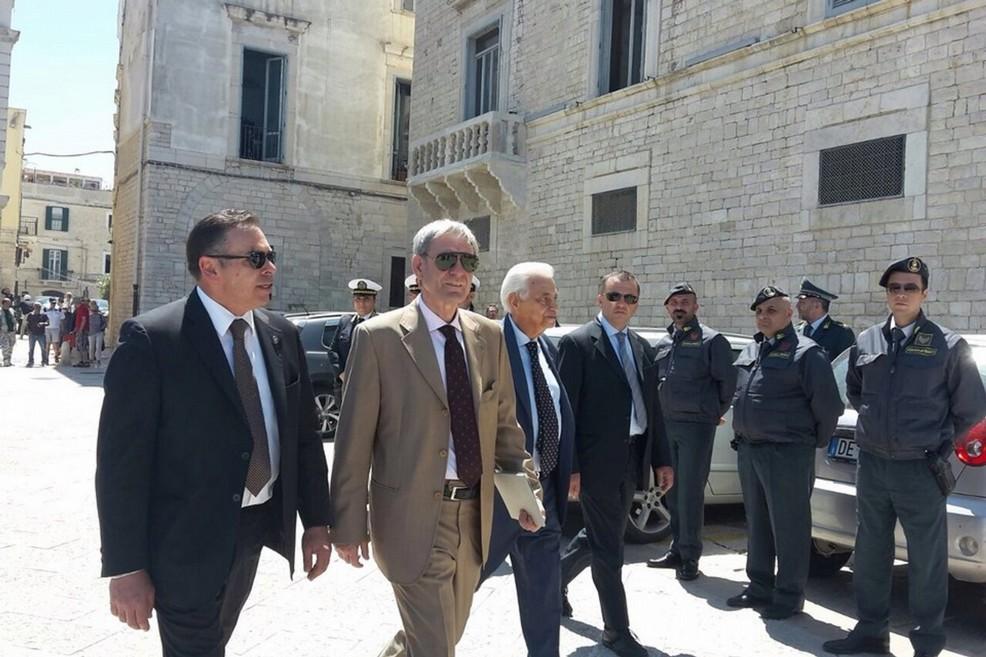 Giovanni Canzio accolto a Palazzo Torres da magistrati, forze dell'ordine e istituzioni