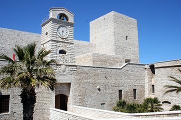 castello trani 11