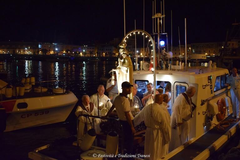 A Trani si rinnova il secolare rito della Sagra del Mare