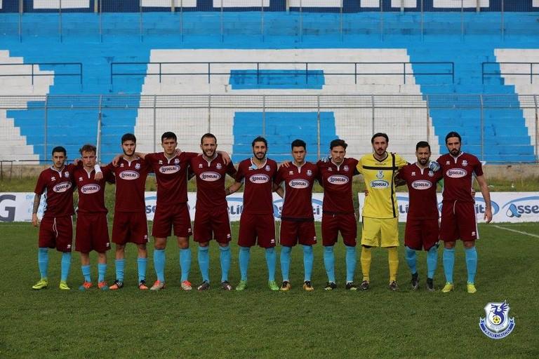 Calcio, clamorosa sconfitta del Trani a Vieste: la gara termina 2-1