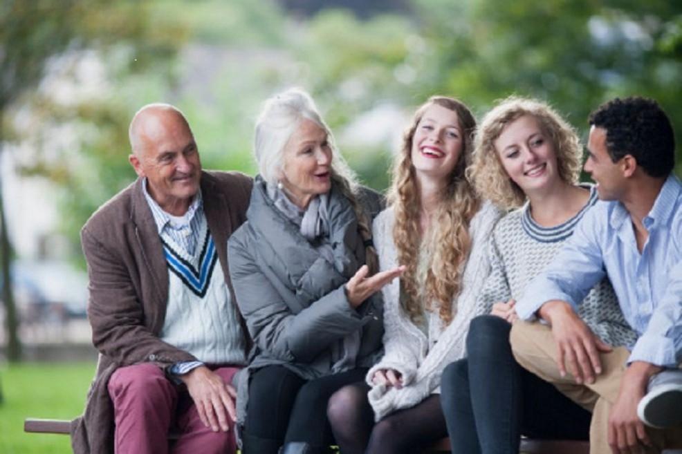 Giovani e anziani