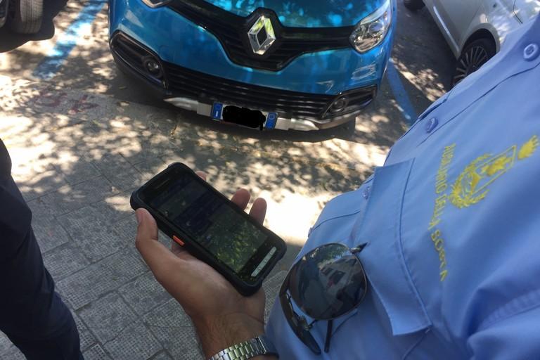Presentata la nuova App dei parcheggi
