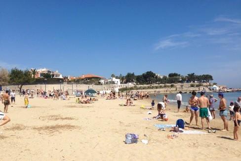spiaggia di Colonna prima domenica di mare