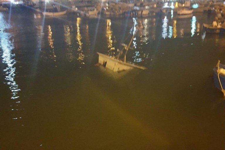 Peschereccio affondato