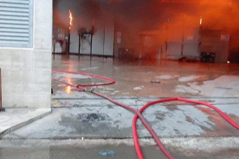 Incendio a Barletta