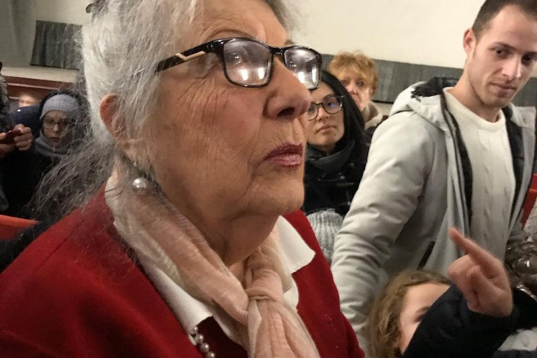 I Me contro te arrivano a Bari: maxi code al cinema