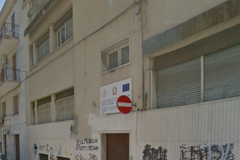 Scuola in via Stendardi