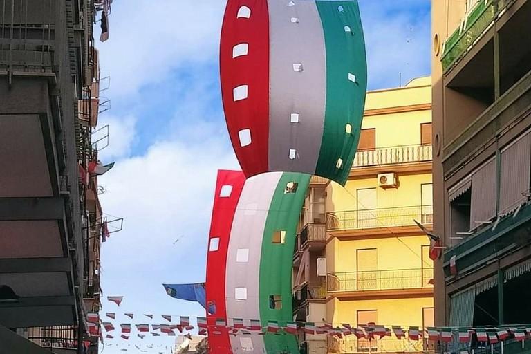 Italia bandiere azzurri