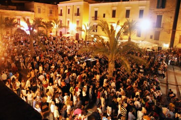 Nightlife - Piazza Teatro