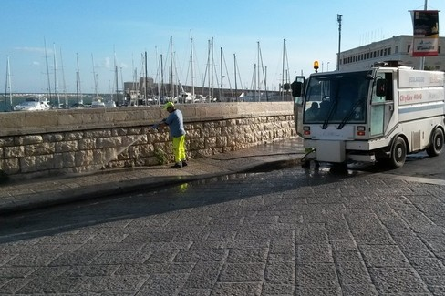 Lavaggio stradale