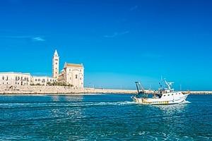 Cattedrale Trani Porto 2