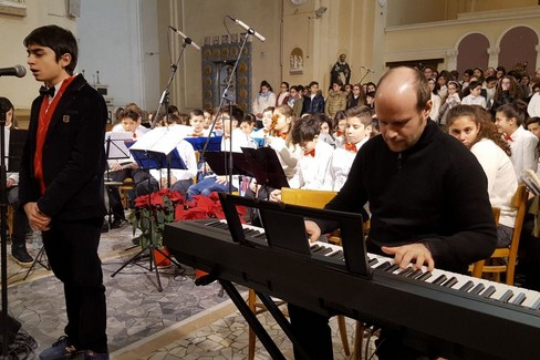 Concerto di Natale alla scuola Baldassarre