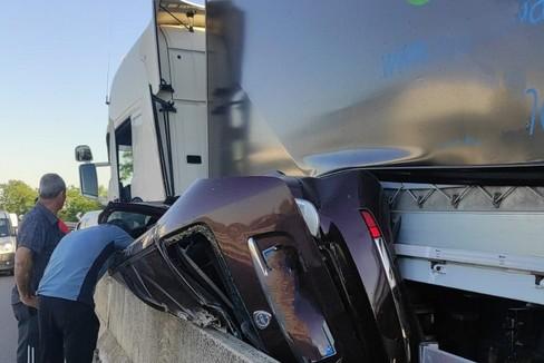 Grave incidente sulla 16bis, tra Trani e Bisceglie