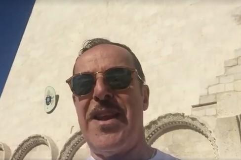 Massimo Lopez saluta i suoi fan da Trani