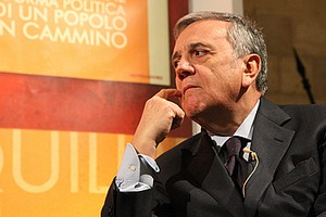 Maurizio Sacconi a Trani per la presentazione del libro