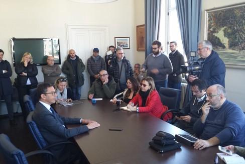 Bottaro azzera la Giunta: conferenza in Comune