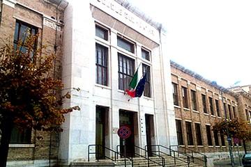Scuola De Amicis - Trani