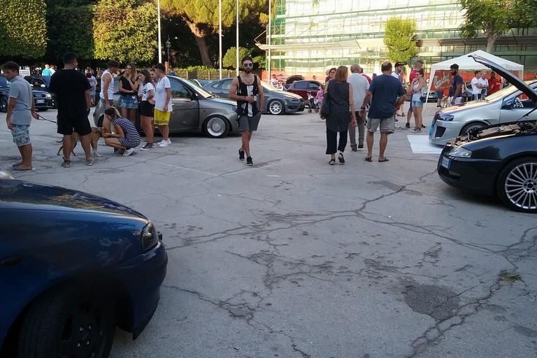 raduno tuning in piazza Plebiscito