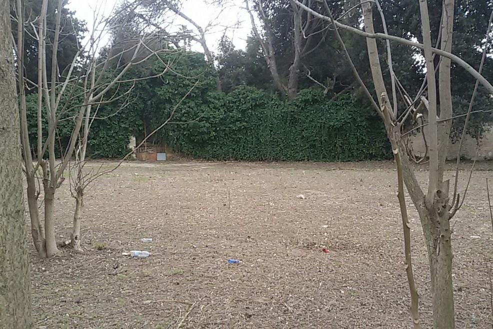 Terreno adiacente Villa Telesio