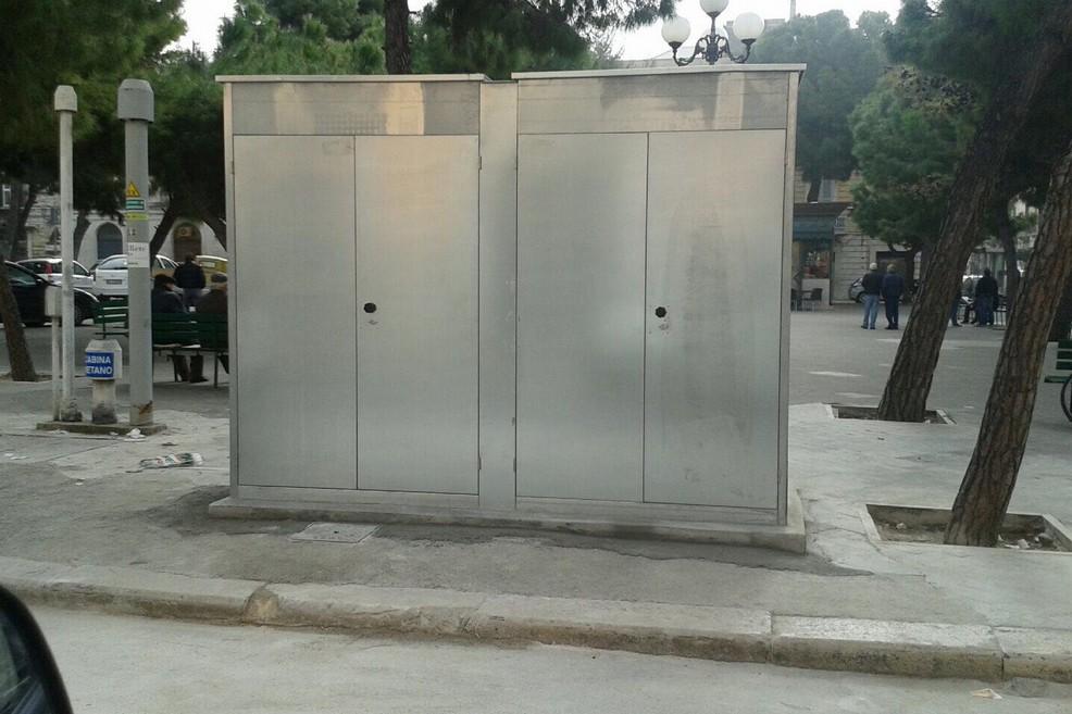 Piazza Gradenico, eccola tra degrado e opere invasive