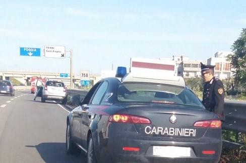 Carabinieri sulla 16bis
