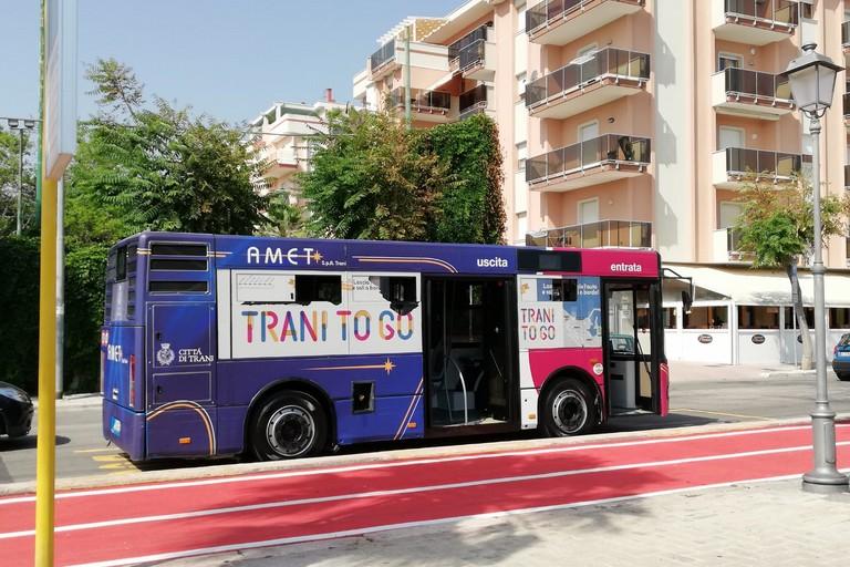 Bus sul lungomare